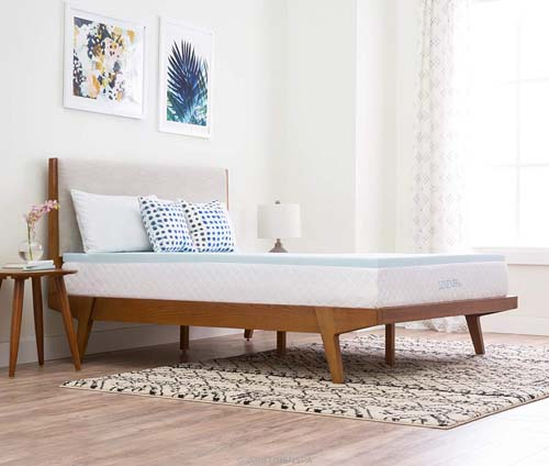 How Can You Benefit from Using a Mattress Topper